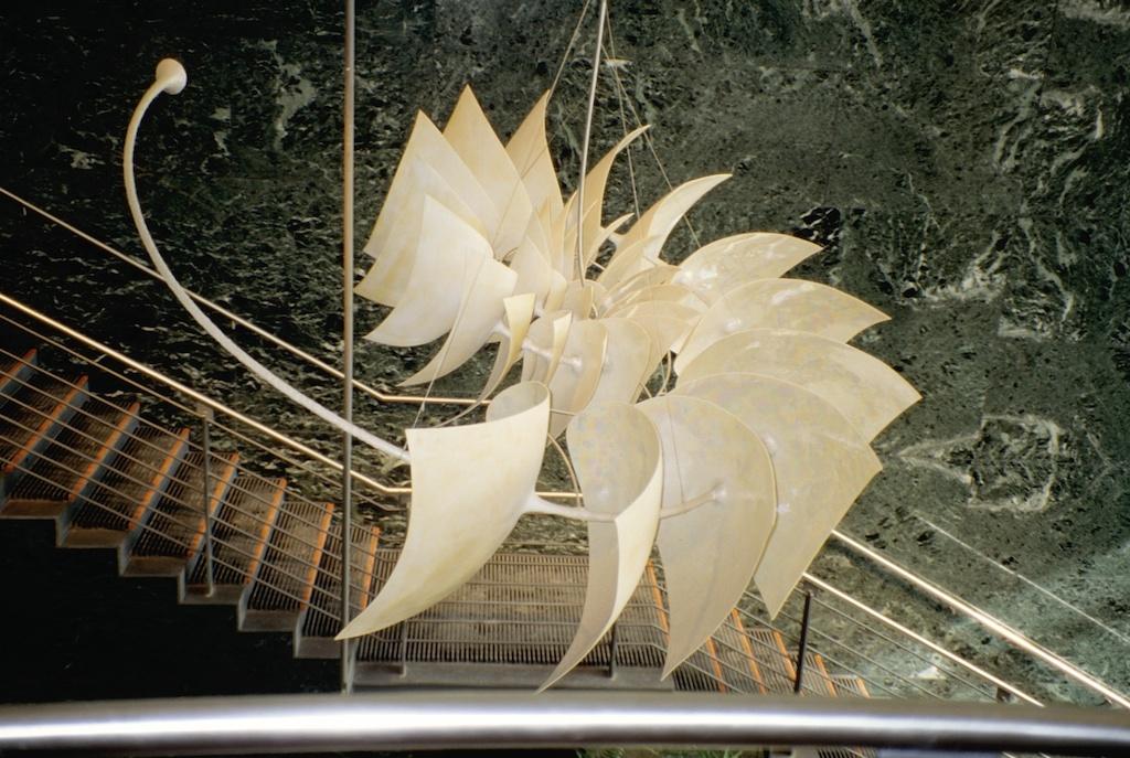 Nautilus | 1990 | 3.5 x 13 feet | porcelain, steel,aluminum, lusters & paint | Ottawa City Hall